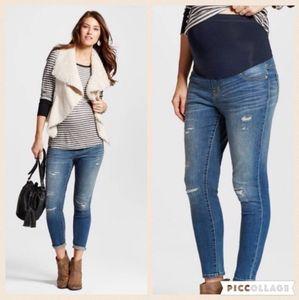 NWT Liz Lange Maternity Ankle Medium Wash Jeans,8
